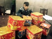Tin tức - Bắt thanh niên vận chuyển 17 kg pháo hoa Trung Quốc