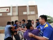 Tin tức - TP.HCM: Cư dân chung cư lại bị tấn công đổ máu