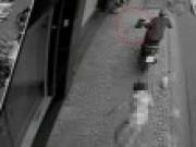 Tin tức - Hà Nội: Rời quán, một phụ nữ bị đâm chết, cướp túi xách