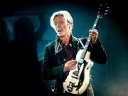 Làng sao - Huyền thoại âm nhạc David Bowie qua đời ở tuổi 69