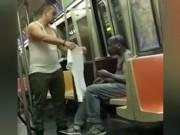 Clip Eva - Chàng trai cởi áo tặng người vô gia cư gây xúc động