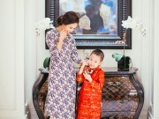 Làng sao - Con trai Vân Hugo diện áo dài chụp ảnh với mẹ
