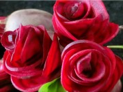 Clip Eva - Tỉa hoa hồng từ củ cải đỏ đơn giản mà đẹp