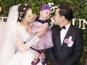Làng sao - Con gái Trang Nhung lộ diện trong đám cưới bố mẹ