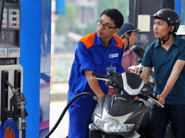 Giá xăng tiếp tục giảm, thấp nhất kể từ năm 2009