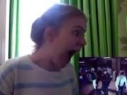 Clip Eva - Chết cười cô gái phấn khích khi lần đầu xem Kpop