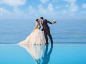 Cặp đôi Việt gặp may khi ảnh cưới có tuyết rơi như trời Tây