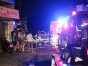 Tin tức - TPHCM: Cháy lúc rạng sáng, nhiều người leo nóc nhà cầu cứu