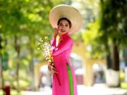 Trương Tâm Nhi nền nã áo dài xuống phố