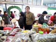 """Bếp Eva - Cận tết đi """"chợ"""" đặc sản rừng giữa Thủ đô"""