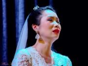 Xem & Đọc - Trịnh Kim Chi khóc sưng mắt vì kịch đồng tính
