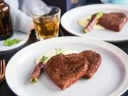 Bếp Eva - Bò bít tết trái tim cho Lễ tình yêu
