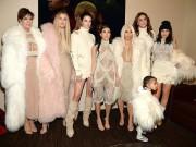Thời trang - Gia đình Kim Kardashian xôm tụ tại các show thời trang