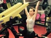Clip Eva - Hồ Ngọc Hà khoe body nuột nà tại phòng gym