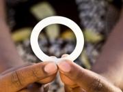 Đặt vòng ngăn lây HIV cho phụ nữ