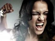 Eva tám - Đàn bà đánh ghen, chỉ khổ mình!