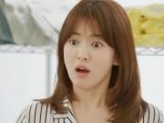"""Làng sao - Chê Song Joong Ki """"quá nguy hiểm"""", Song Hye Kyo từ chối lời tỏ tình"""