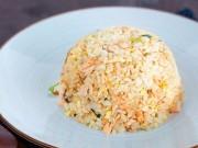 Bếp Eva - Bữa sáng sang chảnh với cơm rang cá hồi