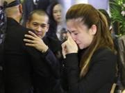 Clip Eva - Clip: Đám tang nhạc sĩ Thanh Tùng nghẹn ngào nước mắt