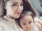 Làm mẹ - MC 30 tuổi mang gương mặt 9x và cô con gái xinh như búp bê