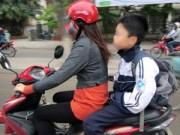 Tin tức - Từ 10-4, phạt phụ huynh không đội mũ bảo hiểm cho con
