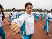 Tin tức - Nữ sinh TQ học múa dao đề phòng yêu râu xanh