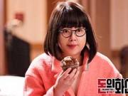 """Xem & Đọc - Hwang Jung Eum trở thành """"tội phạm vị thành niên"""""""