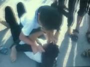 Tin tức - Học trò cổ vũ, quay clip 2 nữ sinh đánh nhau