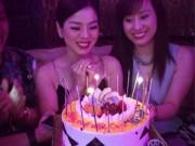 Làng sao - Lệ Quyên hạnh phúc đón sinh nhật thứ 35 bên bạn bè
