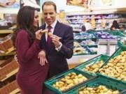 """Bà bầu - Bắt gặp Công nương Kate """"vác"""" bụng bầu đi siêu thị"""