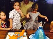 Làng sao - Cặp sinh đôi nhà Hồng Nhung đón tuổi lên 3