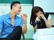 Làng sao - Kim Lý nhìn đắm đuối khiến Trương Ngọc Ánh e thẹn