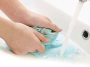 Nhà đẹp - Quần áo rách nát vì giặt mạnh tay, sai cách