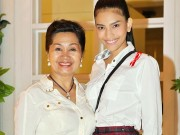 Làng sao - Trương Thị May thân thiết bên vợ cũ MC Thanh Bạch