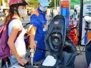 Mua sắm - Giá cả - Xăng dầu nặng áp lực tăng giá