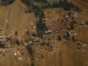 3 người sống sót kỳ diệu sau 8 ngày bị chôn vùi tại Nepal