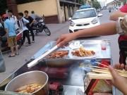 Tin tức - Thức ăn mất vệ sinh, bị nghi có chất cấm 'bủa vây' trường học