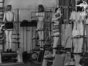 Làm đẹp - Tròn mắt xem phụ nữ thập niên 40 tập gym