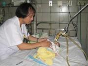 Hà Nội: Trẻ mắc tay chân miệng nhập viện tăng đột biến