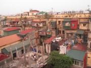 """Tin tức - Rùng mình những căn hộ """"hứng nước thải"""" ở Hà Nội"""