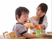 Làm mẹ - Mẹo hay trị tật ăn ngậm của bé