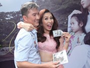 """Mr Đàm bỏ 100 đô la """"mua đĩa"""" của ca sĩ Ngọc Liên"""