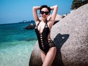"""Thời trang - Tóc Tiên """"hâm nóng"""" bãi biển với áo tắm táo bạo"""