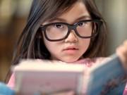Làm mẹ - Dấu hiệu cần cho trẻ đi khám mắt sớm