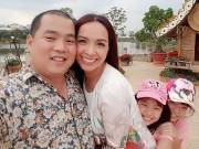 Thúy Hạnh ngọt ngào bên chồng và 2 'công chúa' ở Đà Lạt