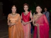Thời trang - Vì đàn em, Diễm Hương bất đắc dĩ đi hai lần catwalk