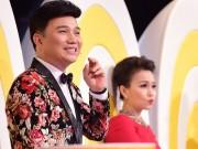 Làng sao - Quang Linh bị Cẩm Ly trêu chọc vì mặc đồ hoa bướm sặc sỡ