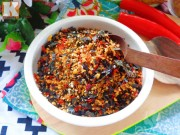 Bếp Eva - Làm muối cá rong biển để nắm cơm