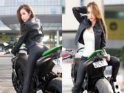Thời trang - Elly Trần khoe ba vòng bốc lửa bên xe mô-tô phân khối lớn