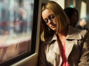Sức khỏe - 6 thói quen buổi sáng khiến bạn mệt mỏi cả ngày
